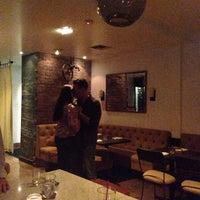 Foto scattata a Colonial Wine Bar da Katia D. il 8/10/2013
