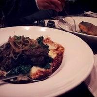 Foto tomada en Venus Restaurant por maria ☆. el 3/1/2013