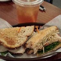 11/4/2013 tarihinde James E.ziyaretçi tarafından Wynwood Cafe'de çekilen fotoğraf