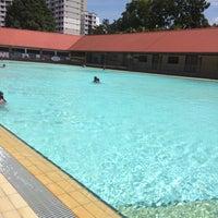 Photo prise au Bukit Batok Swimming Complex par Rachel le8/9/2014