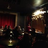 Foto diambil di Hamlets, teātris - klubs oleh Ilze P. pada 12/15/2012