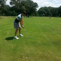 Photo prise au Bobby Jones Golf Course par Carly O. le7/13/2014