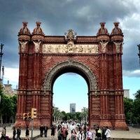 Foto scattata a Arco del Triunfo da Jason C. il 5/18/2013