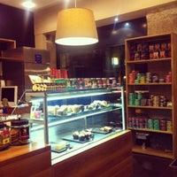 Photo prise au Boréal Coffee Shop par alida P. le3/10/2013