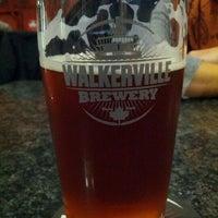 Foto scattata a Walkerville Brewery da Josh K. il 11/2/2012