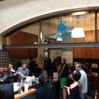 Foto scattata a Blue Bottle Coffee da William d. il 5/27/2013