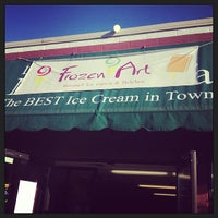 Foto scattata a Frozen Art Gourmet Ice Cream da Shannon O. il 8/12/2013