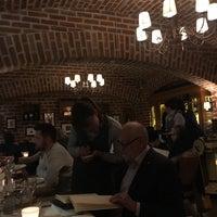 Photo prise au Rossini Ristorante Pizzeria par Taha L. le3/9/2018