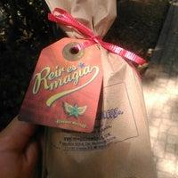 Foto tirada no(a) Remedios Mágicos Botica Condesa por Mayté R. em 3/19/2014
