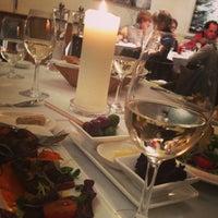 Снимок сделан в Restaurant Le Dome пользователем Марьяна Г. 4/1/2013