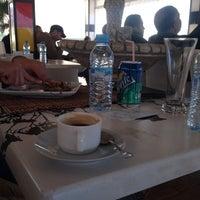 Foto diambil di Café Radia oleh Ayoube B. pada 1/4/2015