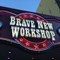 8/4/2013にConsultantLiferがBrave New Workshop Comedy Theatreで撮った写真