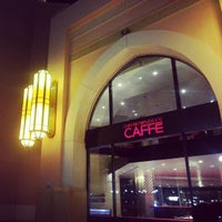 Снимок сделан в Emporio Armani Café- The Pearl Qatar пользователем Amal H. 12/19/2012