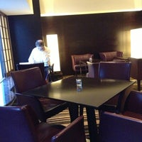 Foto tirada no(a) Executive Lounge por onoyoko k. em 2/18/2013