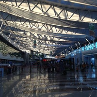 7/23/2013 tarihinde Alice L.ziyaretçi tarafından Ankara Esenboğa Havalimanı (ESB)'de çekilen fotoğraf