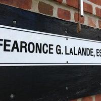 Foto tomada en Law Offices Of Fearonce G. La Lande por Rey S. el 8/14/2013