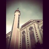 Photo prise au Al-Iman Mosque par H∆FIZ H. le3/22/2013