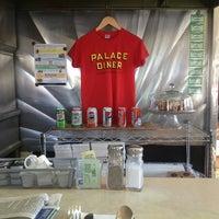 Foto tirada no(a) Palace Diner por August W. em 5/31/2013