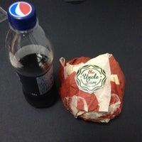 Снимок сделан в The Burger пользователем Mariya G. 12/21/2012