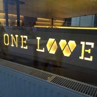 Снимок сделан в ONE LOVE espresso bar пользователем Tanya B. 7/7/2015