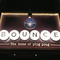 รูปภาพถ่ายที่ Bounce โดย Pete M. เมื่อ 1/10/2013