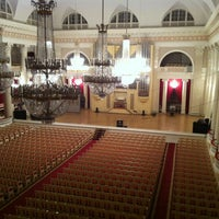 Photo prise au Grand Hall of St Petersburg Philharmonia par Malyanichૐ T. le10/13/2013