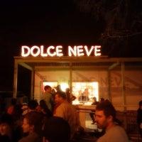 รูปภาพถ่ายที่ Dolce Neve โดย Chris A. เมื่อ 1/11/2014