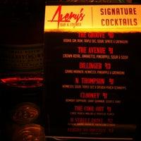 รูปภาพถ่ายที่ Avery's Bar & Lounge โดย Donta R. เมื่อ 3/25/2013