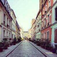 Photo prise au Rue Crémieux par Julien D. le7/24/2014