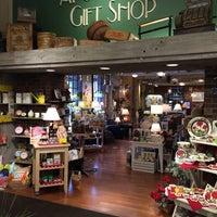 Das Foto wurde bei Apothecary Gift Shop von Apothecary Gift Shop am 12/24/2015 aufgenommen