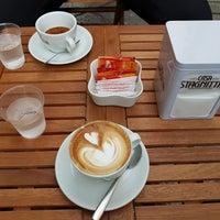 รูปภาพถ่ายที่ Ideal Caffé Stagnitta โดย Sergey B. เมื่อ 1/4/2018