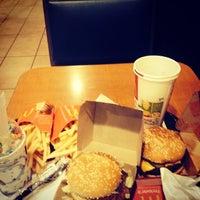 5/11/2014 tarihinde Ty L.ziyaretçi tarafından McDonald's'de çekilen fotoğraf
