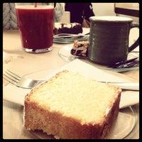 Das Foto wurde bei Rose Bakery von Katerina T. am 2/22/2013 aufgenommen