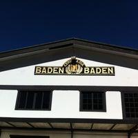 Foto tirada no(a) Cervejaria Baden Baden por Matheus M. em 7/27/2013