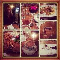 Photo prise au Restaurant Les Héritiers par Jericho J. le1/26/2014