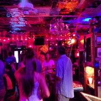 Foto tomada en The Red Bar por Or C. el 6/14/2013