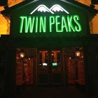 Photo prise au Twin Peaks par Jeff M. le11/29/2012