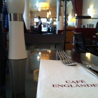 3/7/2013 tarihinde Matthias B.ziyaretçi tarafından Cafe Engländer'de çekilen fotoğraf