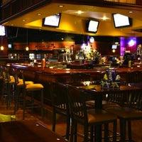 Foto diambil di Two Stooges Sports Bar & Grill oleh Two Stooges Sports Bar & Grill pada 12/30/2014