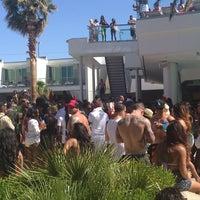 Foto tirada no(a) Palms Pool & Dayclub por Erinn T. em 5/26/2013