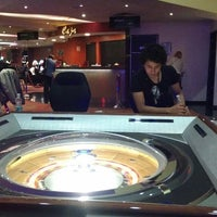 Photo prise au Casino Life par Irving R. le3/7/2013