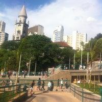 Das Foto wurde bei Praça Franklin Roosevelt von Bel C. am 10/21/2012 aufgenommen