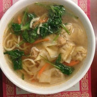 Foto tomada en Mr. Chen's Organic Chinese Cuisine por Doris el 1/1/2015