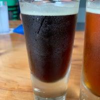Foto tirada no(a) Kauai Beer Company por Nick F. em 1/10/2020