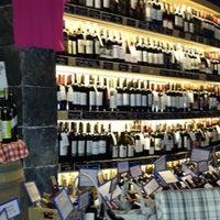 9/14/2014 tarihinde Murat D.ziyaretçi tarafından Sensus Şarap & Peynir Butiği'de çekilen fotoğraf