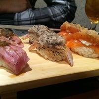 Photo prise au Sushi of Gari par McKellen R. le8/9/2013