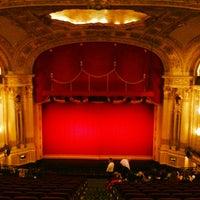 3/28/2013にAli F.がBoston Opera Houseで撮った写真
