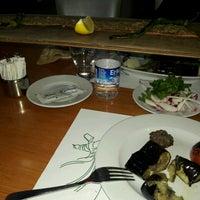 Das Foto wurde bei Konya Mevlana Restaurant von Sevil B. am 11/7/2016 aufgenommen