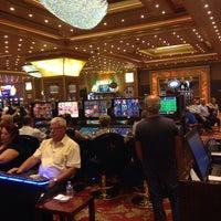 Foto scattata a Grand Pasha Hotel & Casino da Samet U. il 10/4/2014