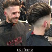 รูปภาพถ่ายที่ La Lúdica - Peluquería โดย Rodrigo d. เมื่อ 8/26/2018